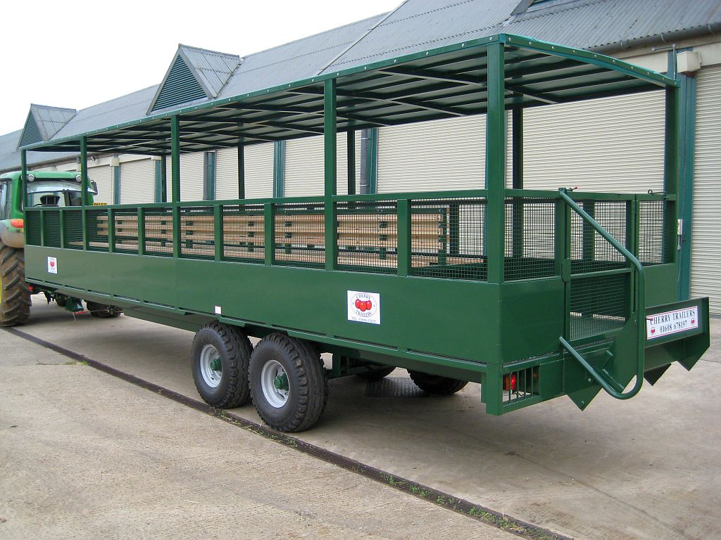 People Carrier Trailers